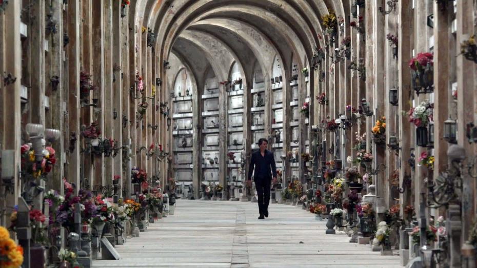 15-begraafplaats-staglieno-in-genua-waar-friedrich-nietzsche-veel-kwam-toen-hij-werkte-aan-de-vrolijke-wetenschap-waarin-god-is-dood-is-opgenomen_jacko