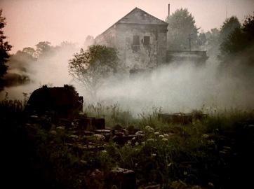 stalker-1979-009-hydro-power-plant-smoke